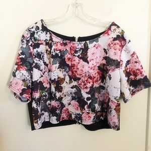 Eloquii | Pink Floral Crop Top with Cut Outs